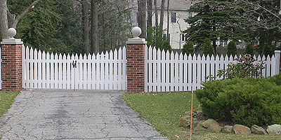 Scalloped Picket Fencing by Elyria Fence
