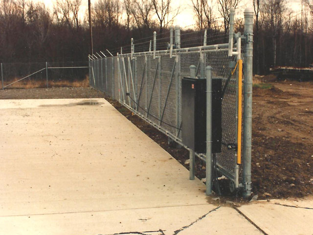 Industrial Cantilever Gate with Electric Gate Operator