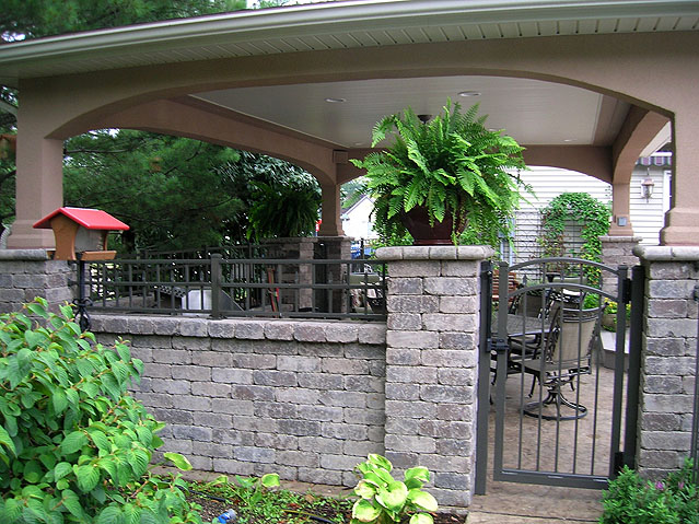 Ornamental Aluminum Fence for an Outdoor Kitchen area by Elyria Fence Inc