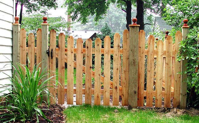 Spaced Scalloped Classic Picket Fence by Elyria Fence